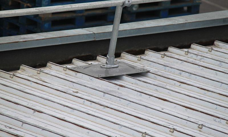 波纹金属屋面