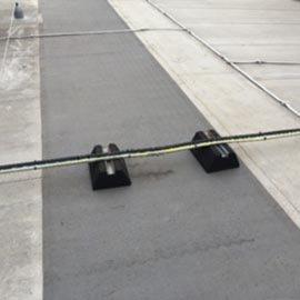 裸露的电缆